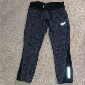 Nike animal print crop leggings